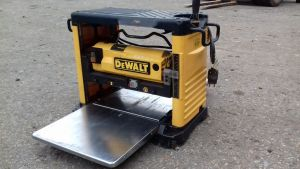 Portable thicknesser DeWALT DW 733